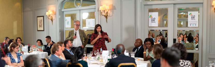 Anne Hidalgo pendant le dîner du Club 21e Siècle, le 26 juin 2019